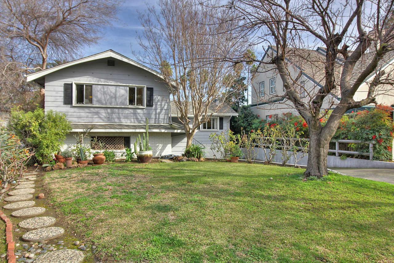 912 Riverside Dr, San Jose, CA 95125