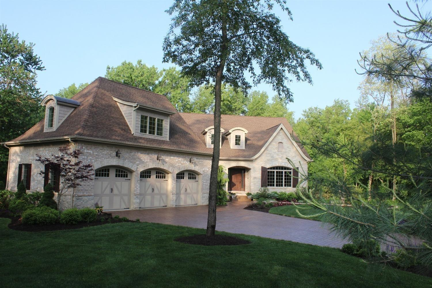 369 Canyon View Court, Chesterton, IN 46304