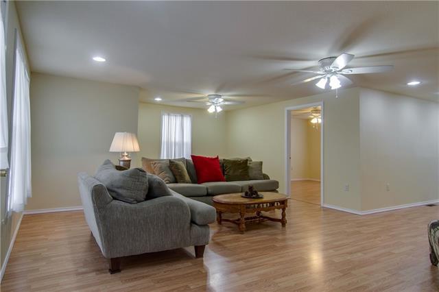201  Roland Street, Burleson, TX 76028