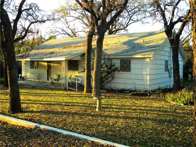 7420  Foster Drive, Lake Worth, TX 76135