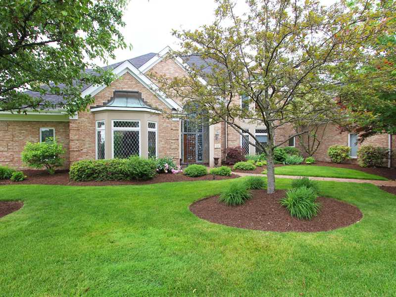 120 Normandy Ct, Collier Twp, PA 15142