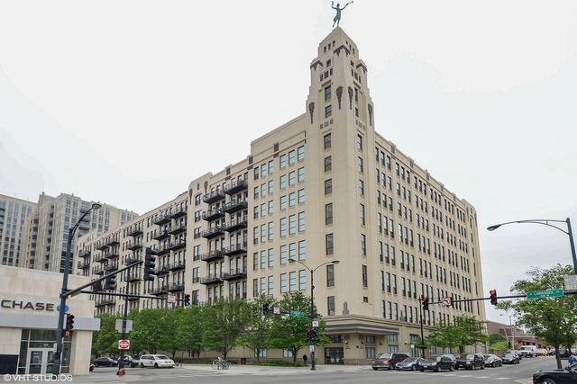 758 North Larrabee Street, Chicago, IL 60654
