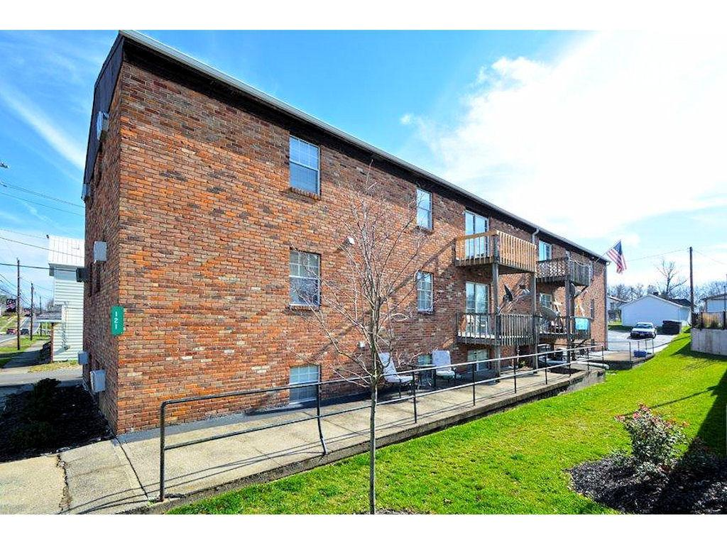 121 East Main Street, Owensville, OH 45160
