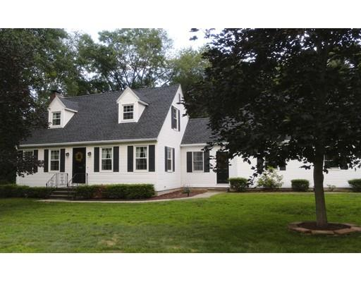 9 Maple Rd, Enfield, CT 06082