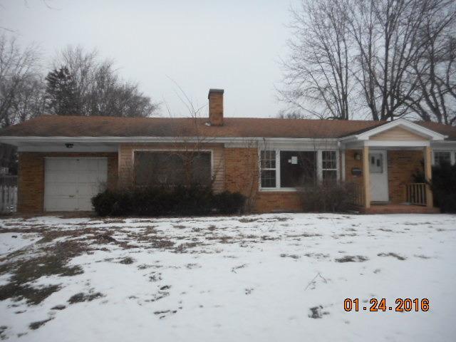 640 Deerpath Drive, Deerfield, IL 60015