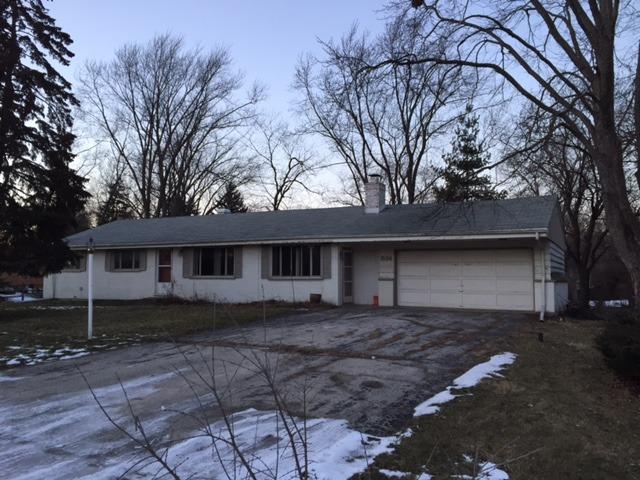534 68th Street, Willowbrook, IL 60527