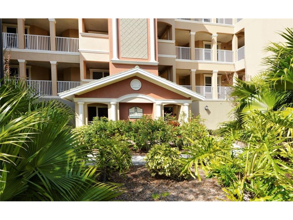 5214  Manorwood Dr, Sarasota, FL 34235