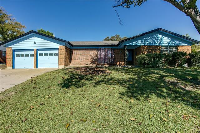 8016  Carrick Street, Benbrook, TX 76116