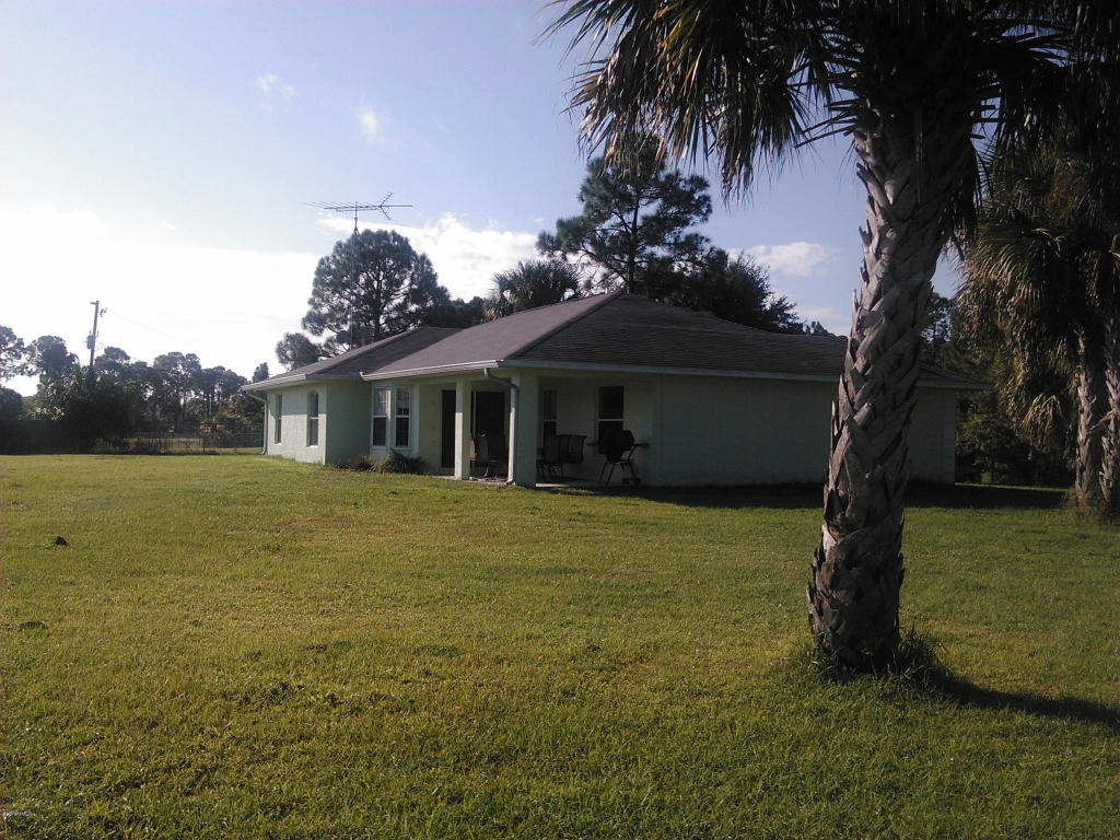 101 Sw Galveston Street, Palm Bay, FL 32908
