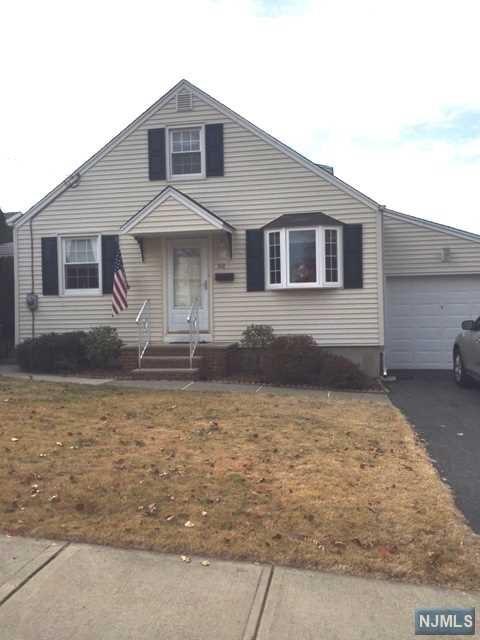 98 Barnsdale Rd, Clifton, NJ 07013