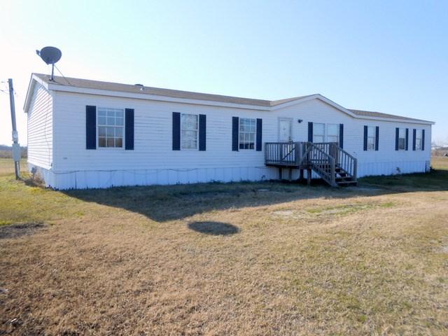 9850  Bob White Lane, Terrell, TX 75161