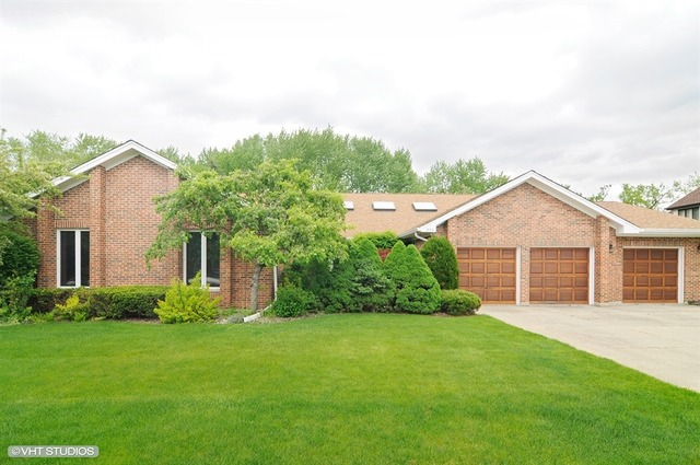 305 Linden Road, Prospect Heights, IL 60070
