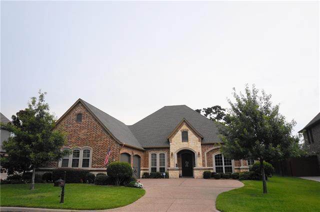 2605  Featherstone Court, Arlington, TX 76001