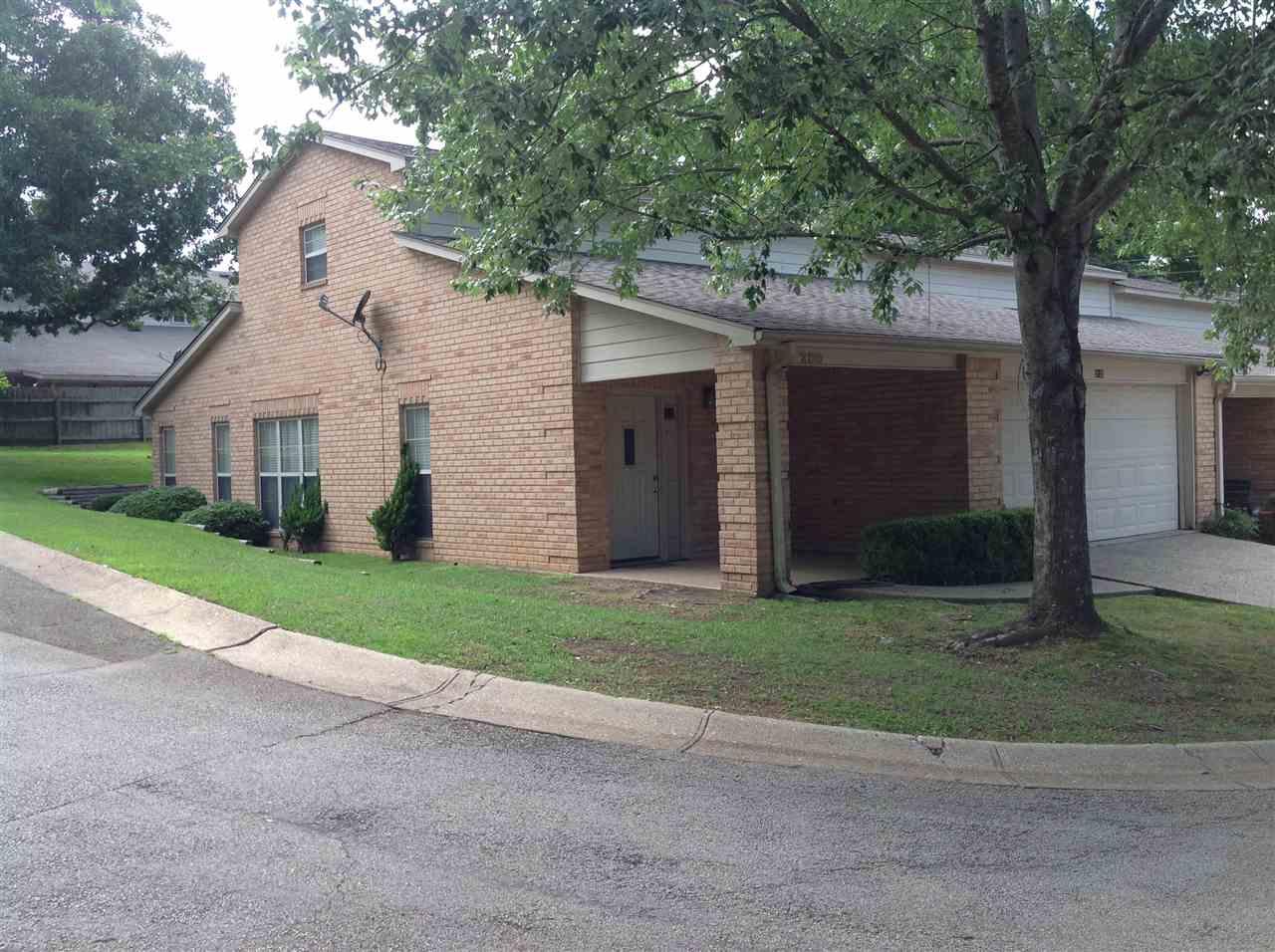 2120 Villa Drive, Tyler, TX 75703