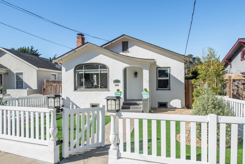 814 Congress Ave, Pacific Grove, CA 93950