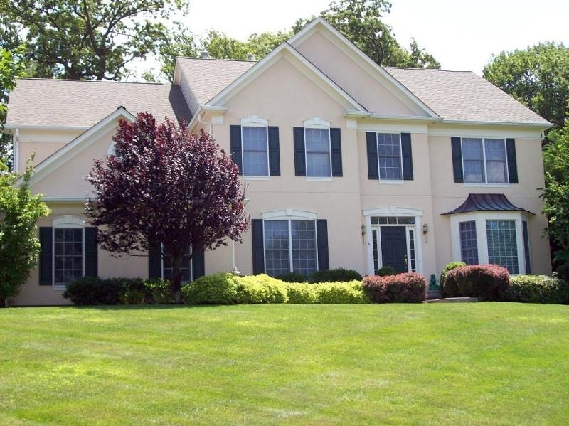 51 Ridge Rd, Green Brook Twp., NJ 08812