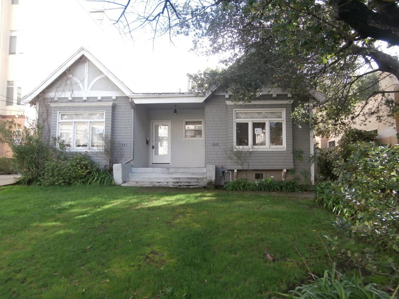 1507-1509 Willow Ave, Burlingame, CA 94010