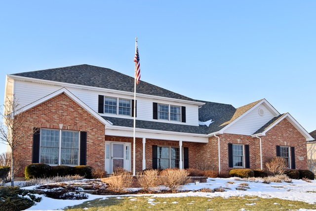6N642 Willowbrook Drive, St. Charles, IL 60175