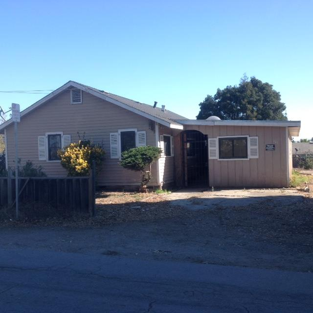 101 Roache Rd, Freedom, CA 95019
