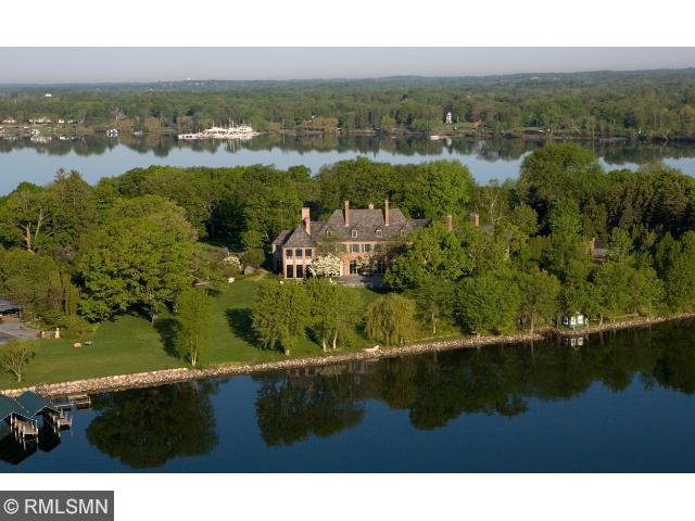 1400 Bracketts Point Road, Orono, MN 55391