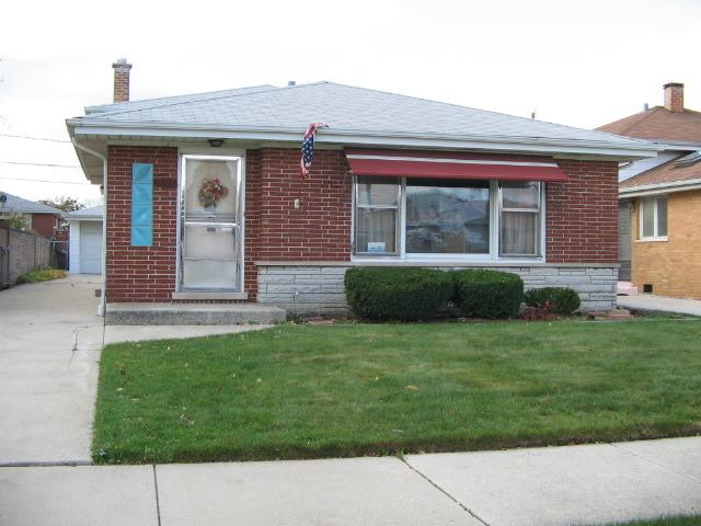 8020 South Karlov Avenue, Chicago, IL 60652