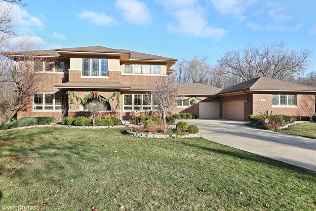 6820 Bantry Court, Darien, IL 60561