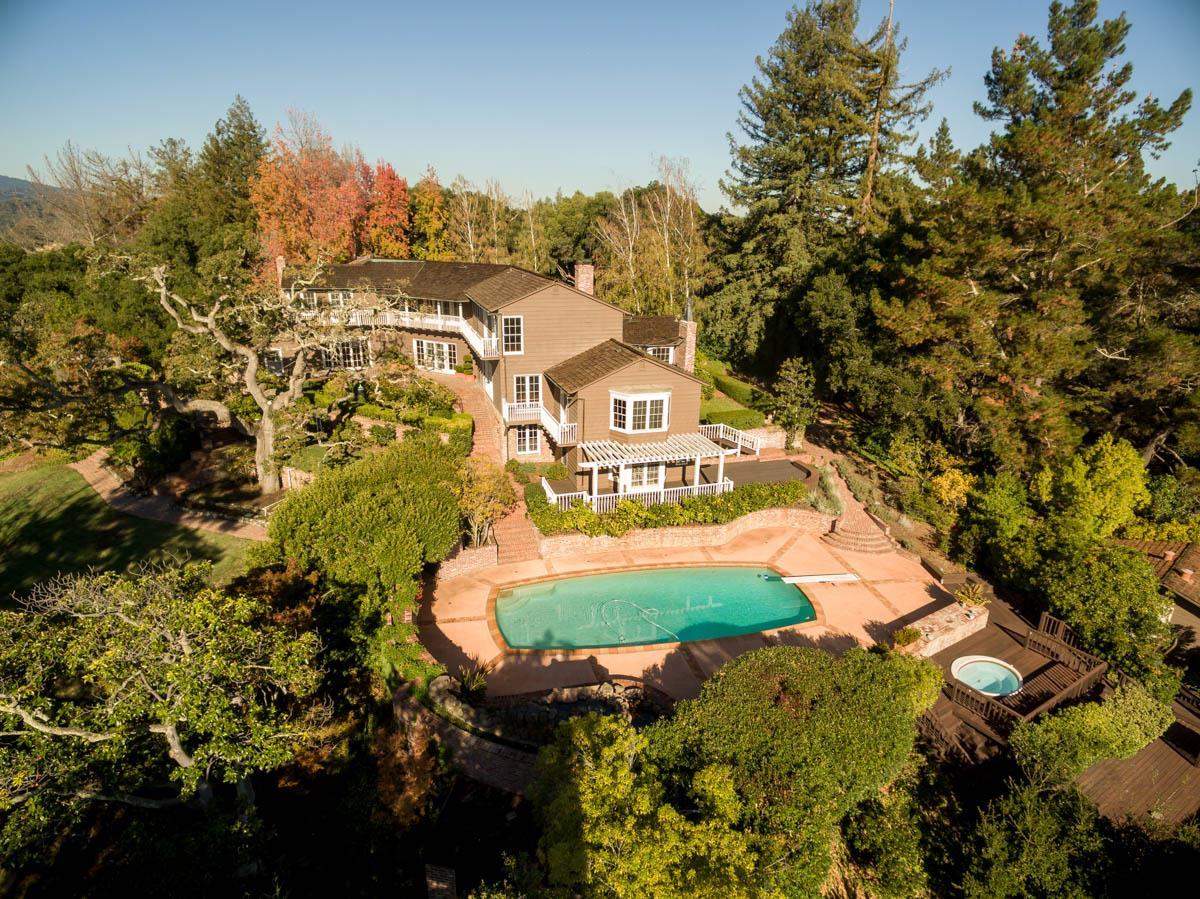 389 Moore Rd, Woodside, CA 94062