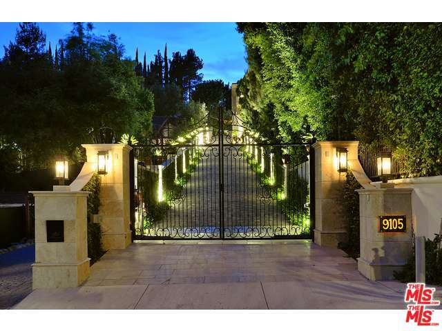 9105 Hazen Dr, Beverly Hills, CA 90210