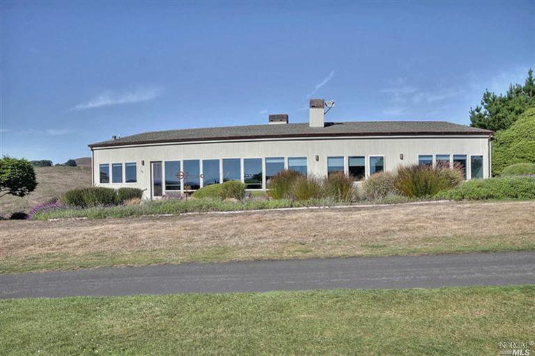 118 Widgen Court, Bodega Bay, CA 94923