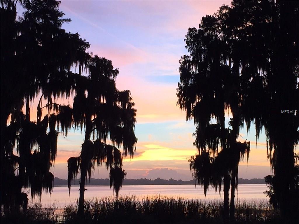 999 W Lake Eloise  Ter, Winter Haven, FL 33884