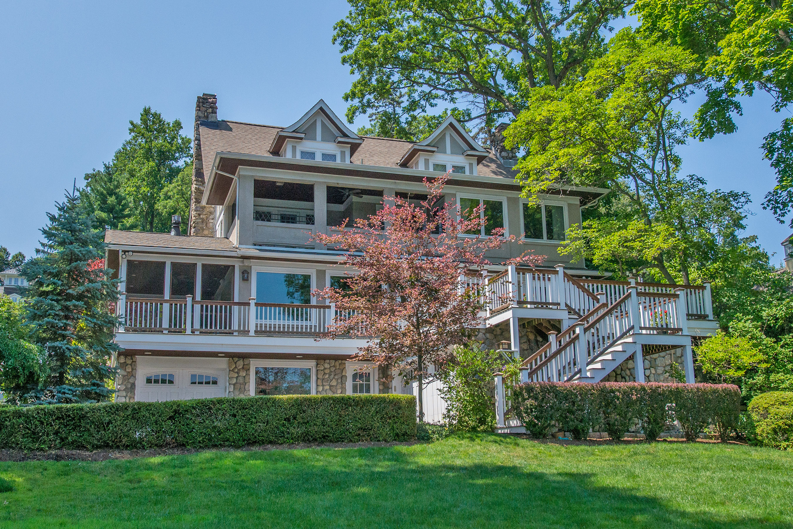 244 Blvd, Mountain Lakes, NJ 07046
