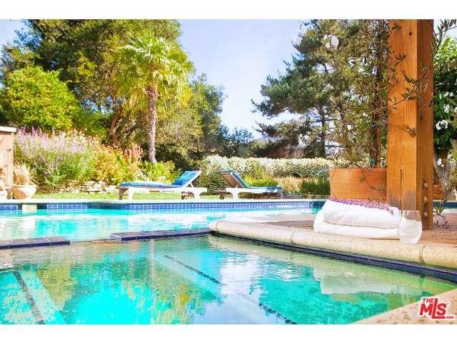 701 Greenleaf Canyon Rd, Topanga, CA 90290