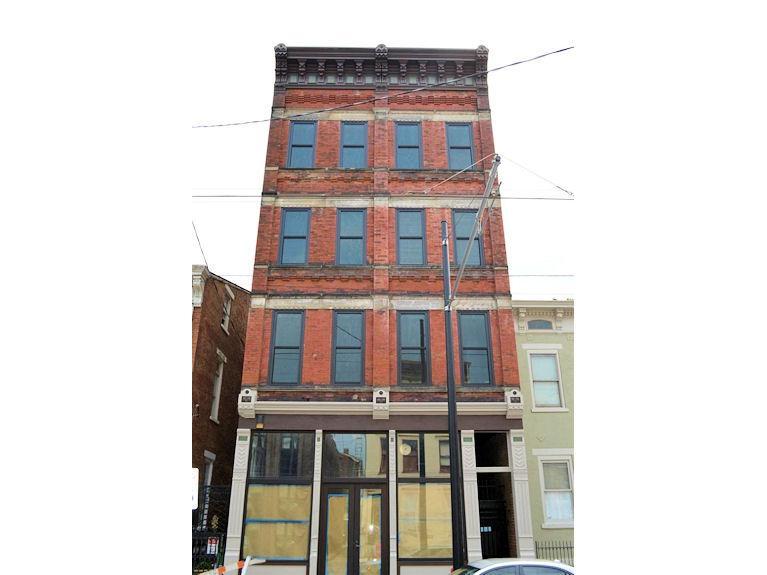 1408 Elm Street, Cincinnati, OH 45202