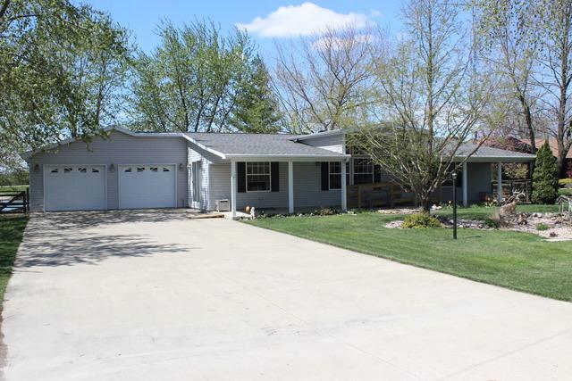 338 South Hislop Drive, Cissna Park, IL 60924