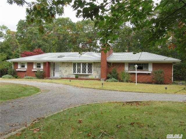 93 Hog Creek Ln, East Hampton, NY 11937