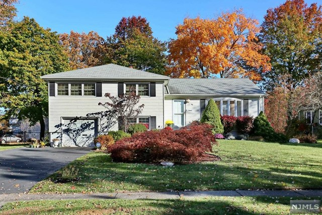 66 Godfrey Ter, Glen Rock, NJ 07452