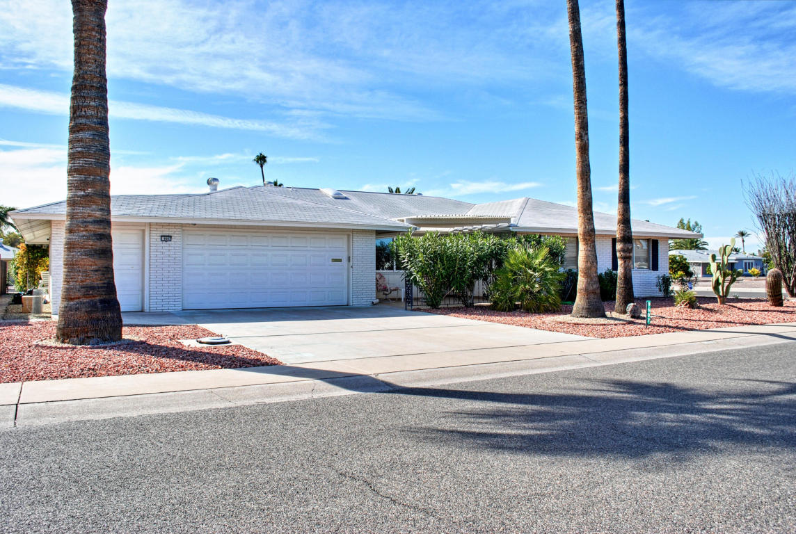 9607 W Glen Oaks Circle, Sun City, AZ 85351