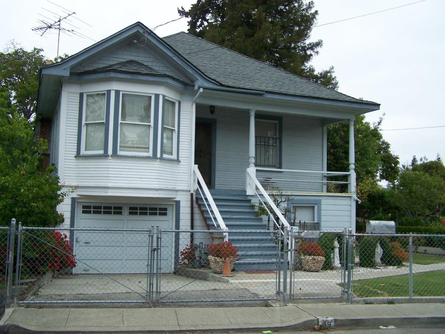 49 Orchard Ave, Redwood City, CA 94061