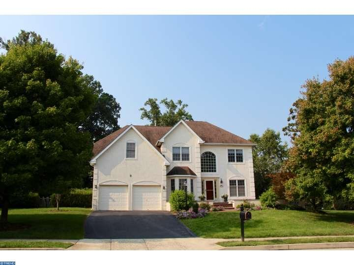 7048 Redcoat Dr, Flourtown, PA 19031