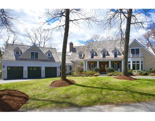 66 Arnold Rd, Wellesley, MA 02481