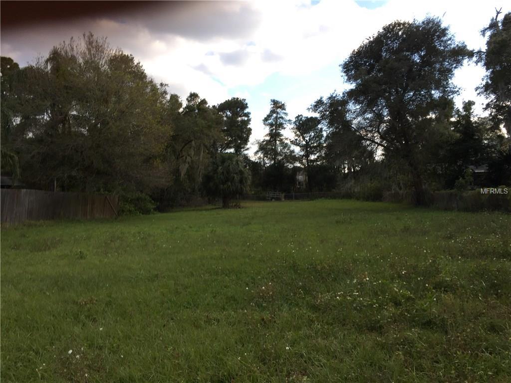 Pine  St, Oviedo, FL 32765