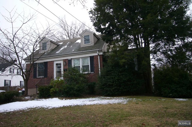 200 W Spring Valley Ave, Maywood, NJ 07607