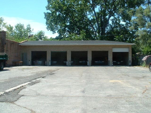 13406 South Pulaski Road, Robbins, IL 60472