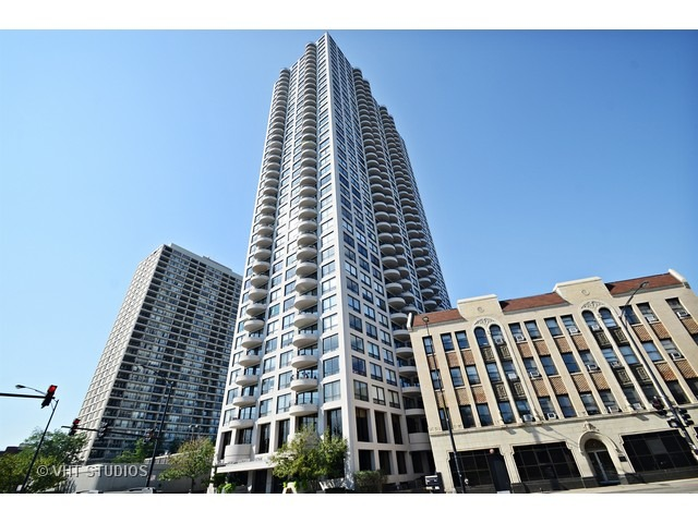 2020 North Lincoln Park West, Chicago, IL 60614