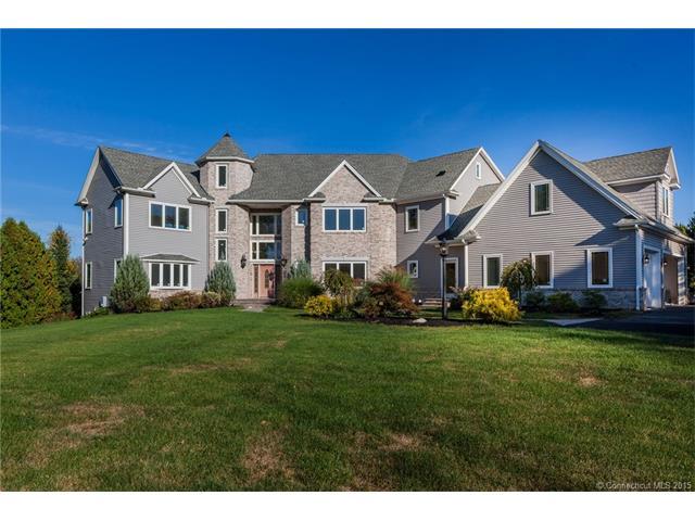 1661  Suffield St, Massachusetts, MA 01001
