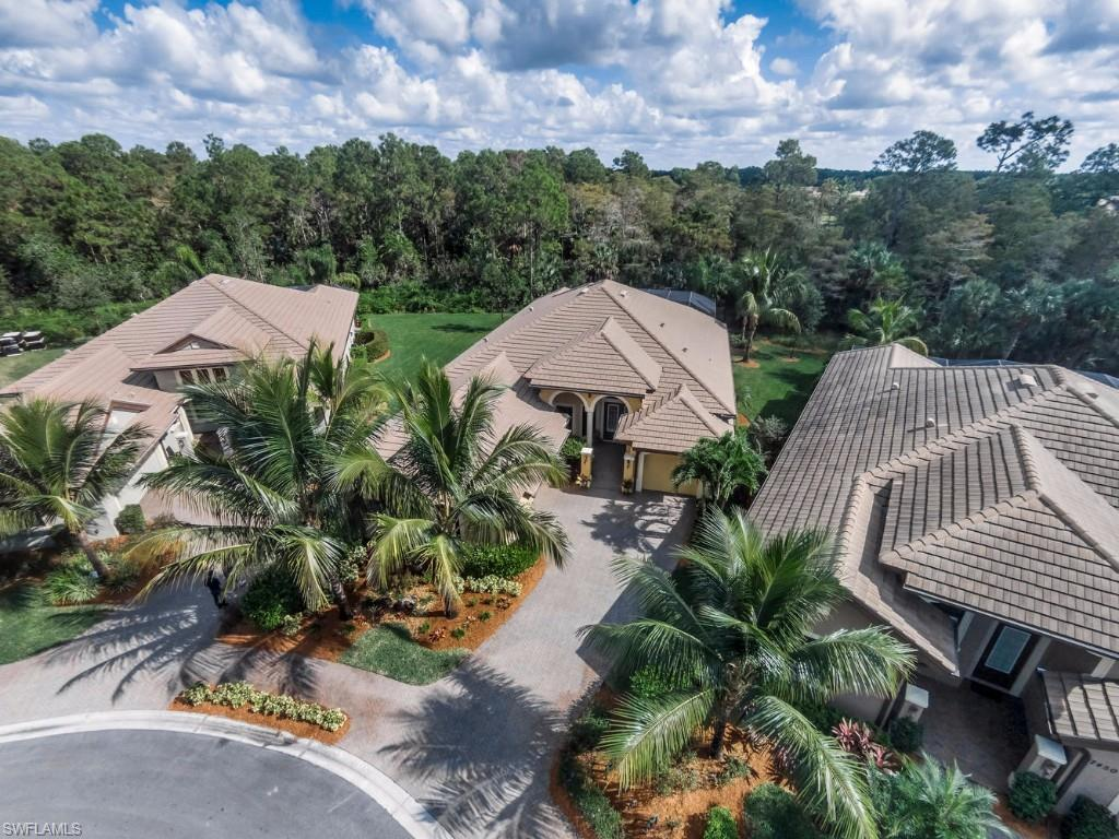 7446 Martinique Ter, Naples, FL 34113