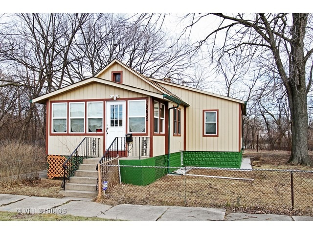 10635 South Throop Street, Chicago, IL 60643