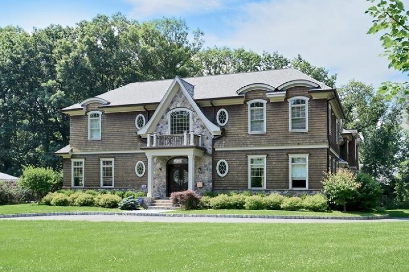 176 Hartshorn Dr, Millburn Twp., NJ 07078
