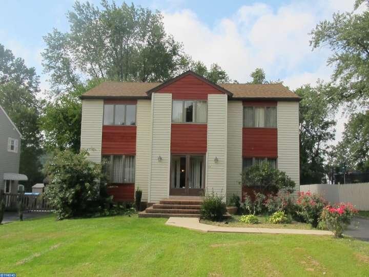 4820 Shepard St, Brookhaven, PA 19015