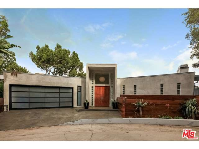 8634 Franklin Ave, Los Angeles, CA 90069